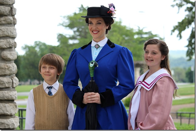 Mary_Poppins_-_Photo_4
